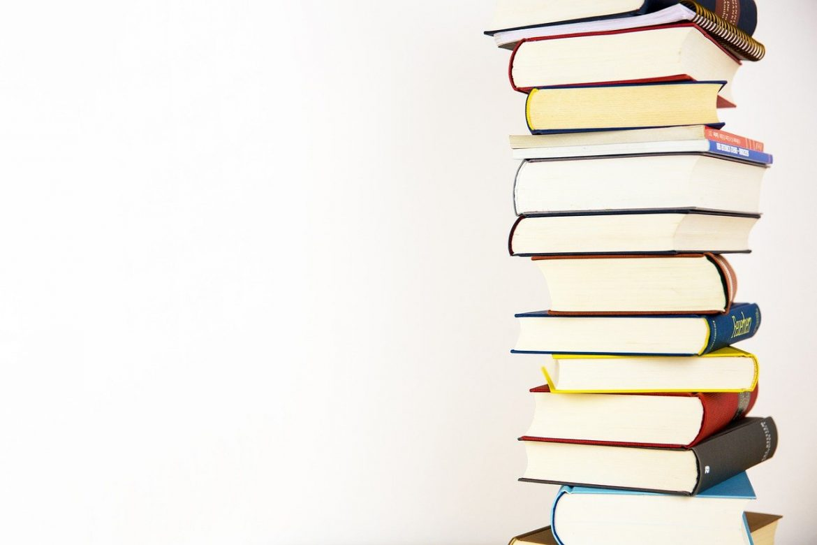10 Tips to Read More Books in 2021
